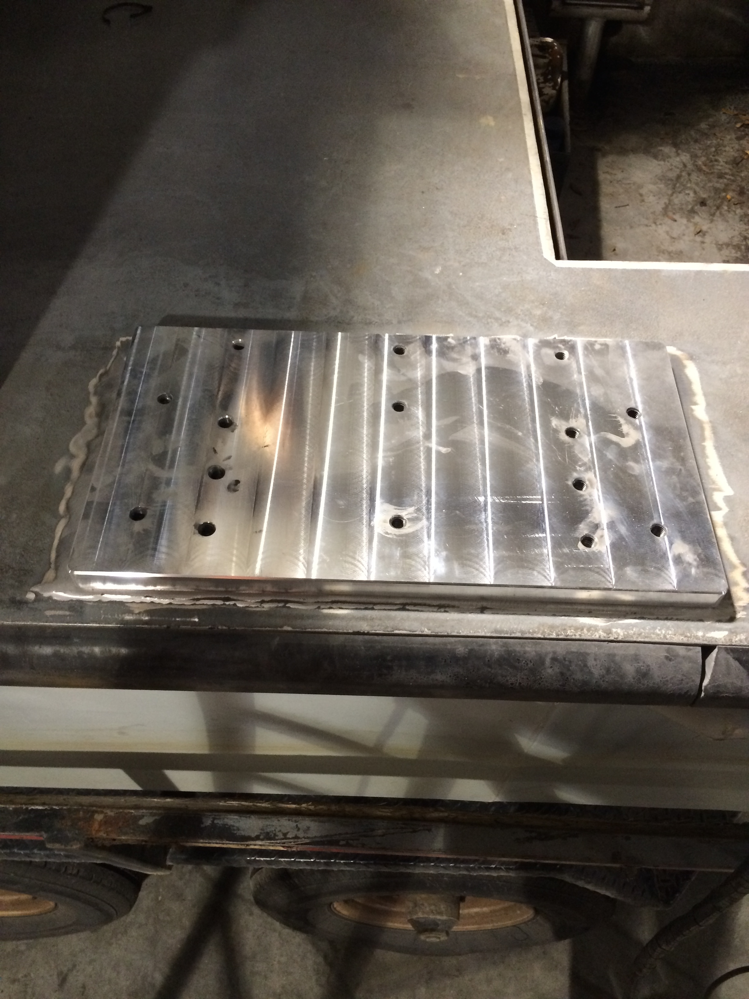 weld down subplate hinge